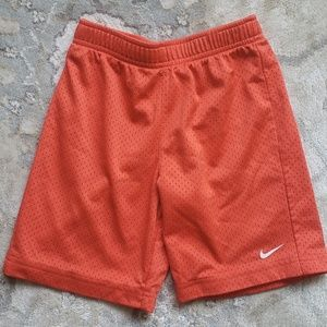 Kids Boy's Essential Mesh Nike Shorts